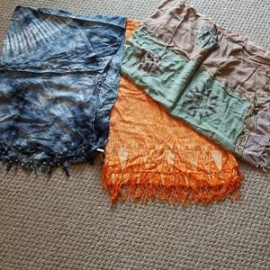 Pretty 3 sarongs
